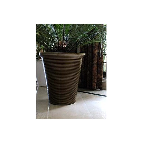 "Flas 18"" Flower Pot"